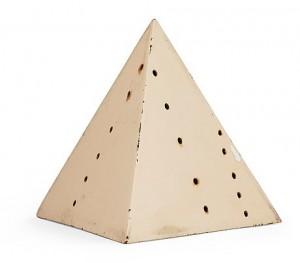 Pyramid by Lucio FONTANA