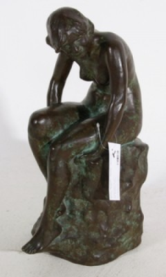 Sittande Kvinna by Anders H. WISSLER