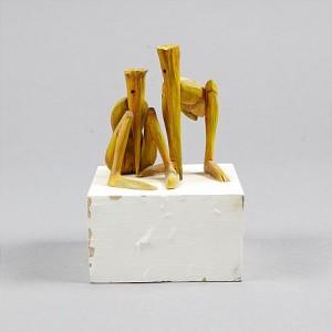Två Hukande Figurer by Kjell Gunnar LANDFORS