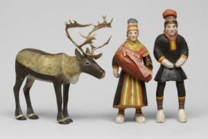 Skulpturgrupp Bestående Av Ren Samt Två Samer by Nils Nilsson (Sami Artist) SKUM
